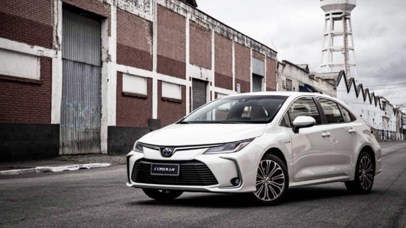 Toyota Corolla Hybrid sedán 2020