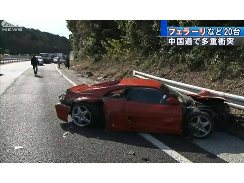 Accidente 8 Ferraris
