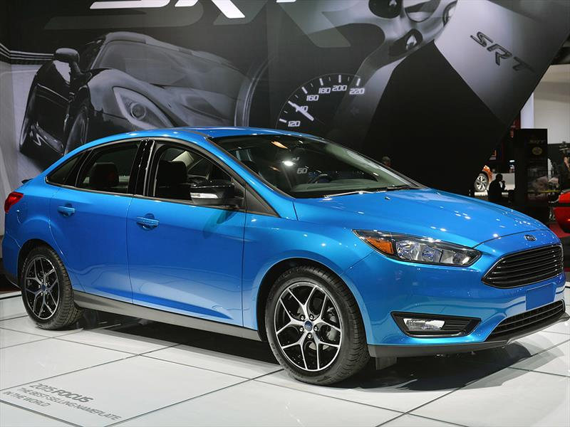 Ford Focus sedán 2015 en el Salón de New York
