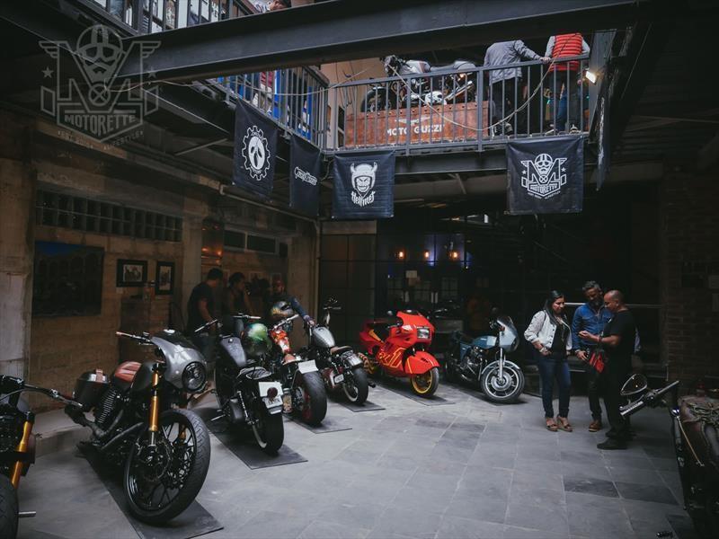 Vintage Moto Art 2018
