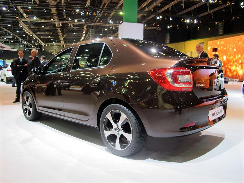 Nuevo Renault Logan en el Salón de BA 2013