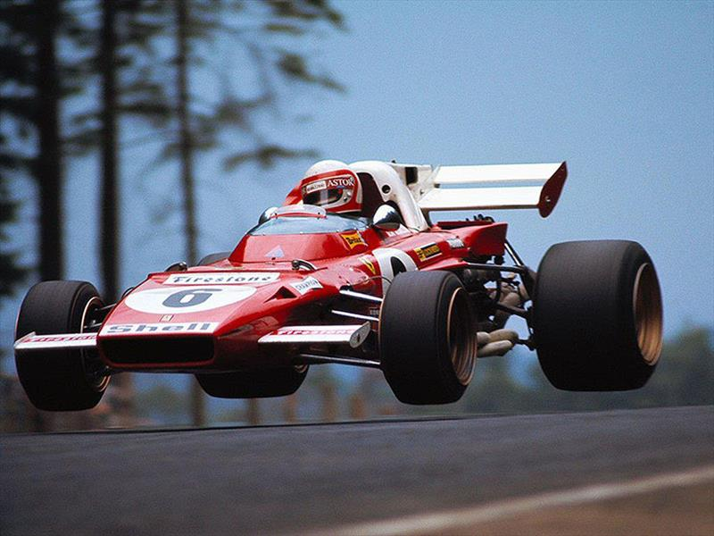 Clay Regazzoni – Chrysler Caravan