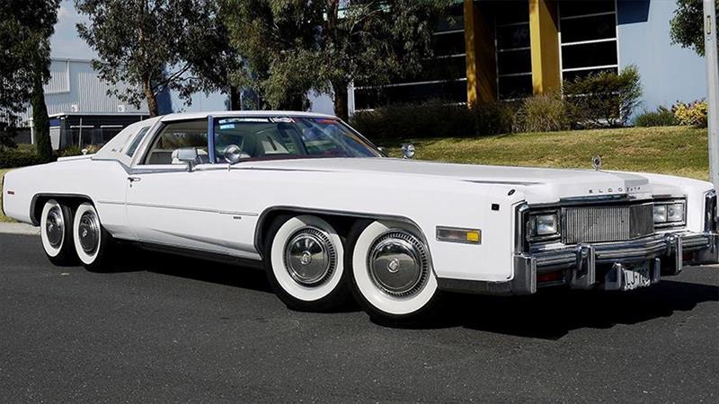 Cadillac Eldorado 1977 con ocho ruedas