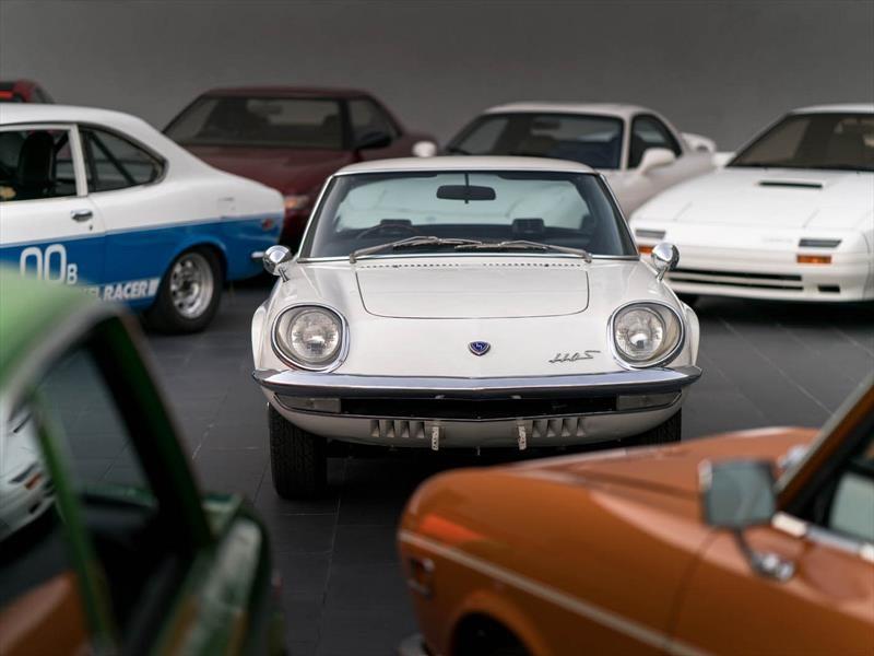 50 años del primer Mazda con motor rotativo