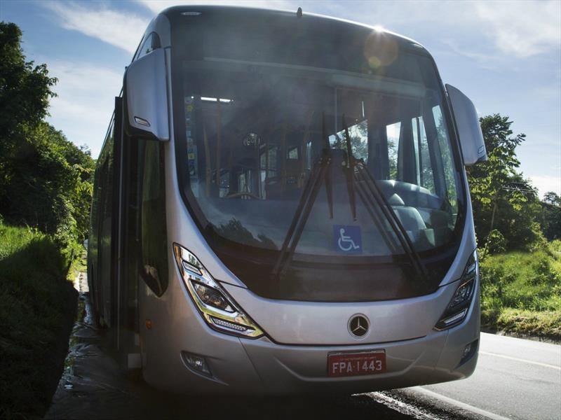 Mercedes-Benz: Súper Articulado