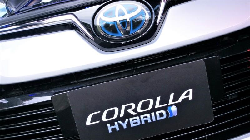 Lanzamiento Toyota Corolla Híbrido en Colombia