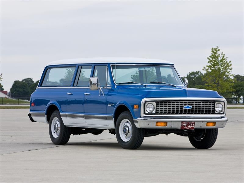 Chevrolet Suburban 7ª Generación 1967-1972