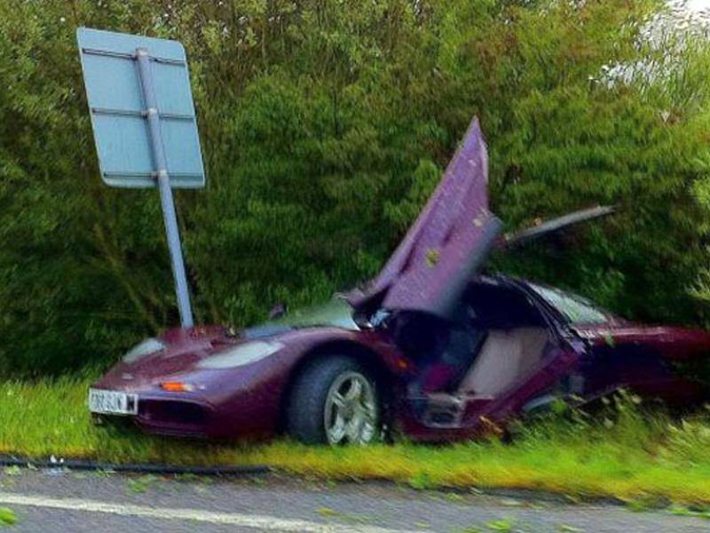 Top 10: Mr. Bean destruye su McLaren F1
