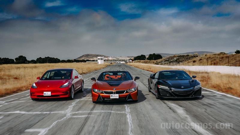 Tesla Model 3 vs BMW i8 Roadster vs Acura NSX