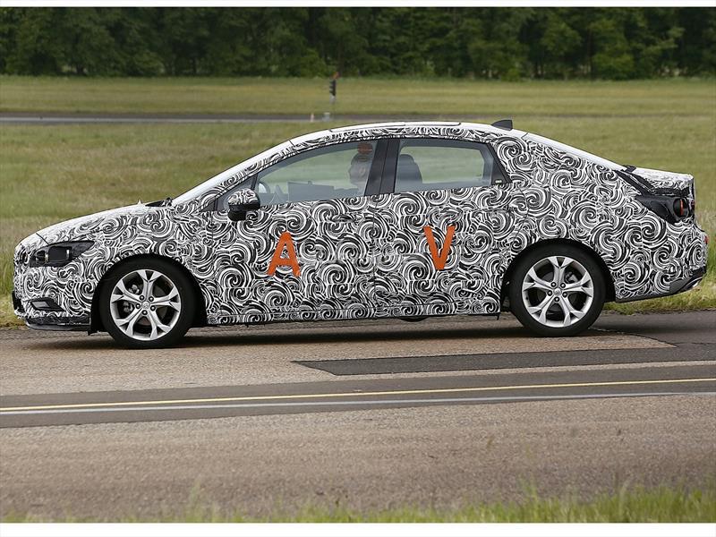 Buick Verano (23)