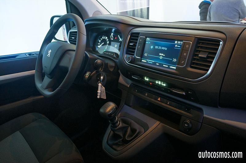 Peugeot Expert y Traveller 2017