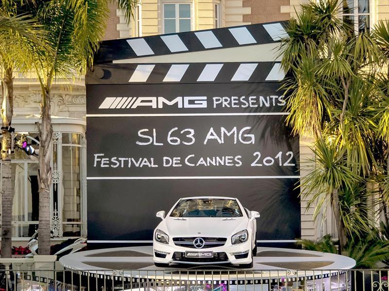Mercedes-Benz dorados en Cannes