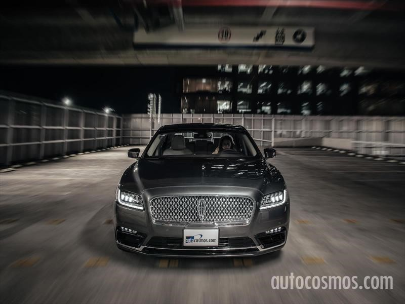 Lincoln Continental 2018