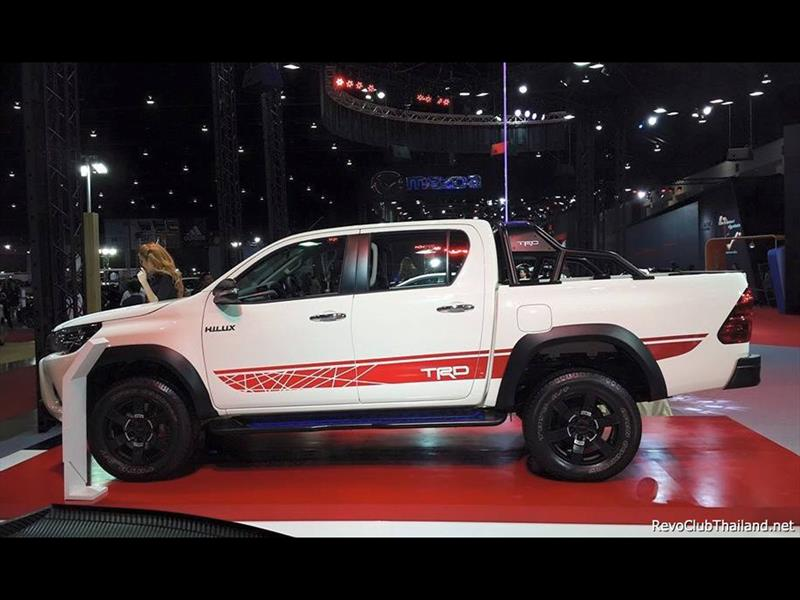 Toyota Hilux TRD Sports