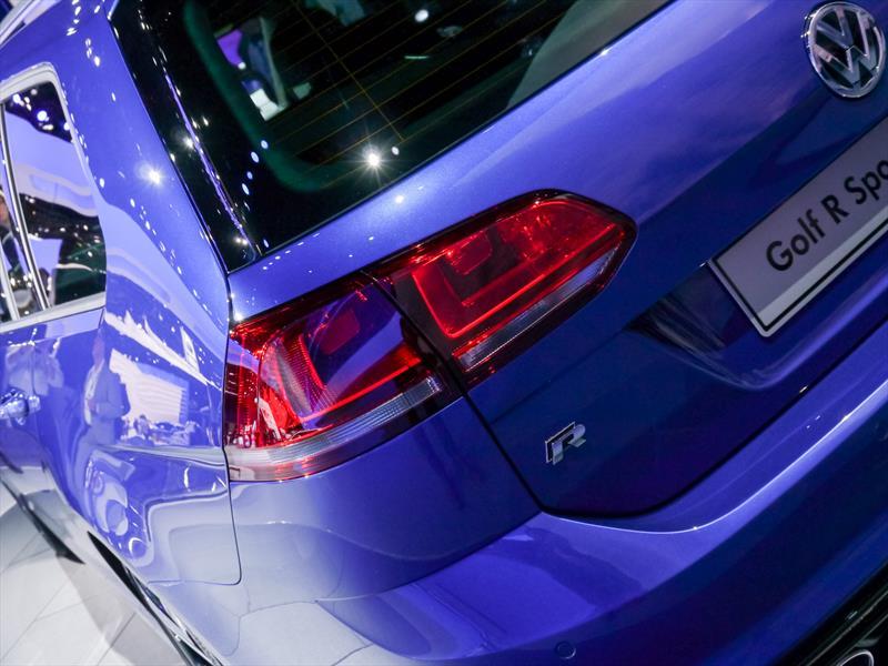 Volkswagen Golf R Variant 2015