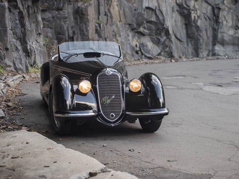 Alfa Romeo 8C Spider 1939
