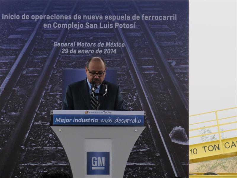 Espuela de ferrocarril en General Motors SLP