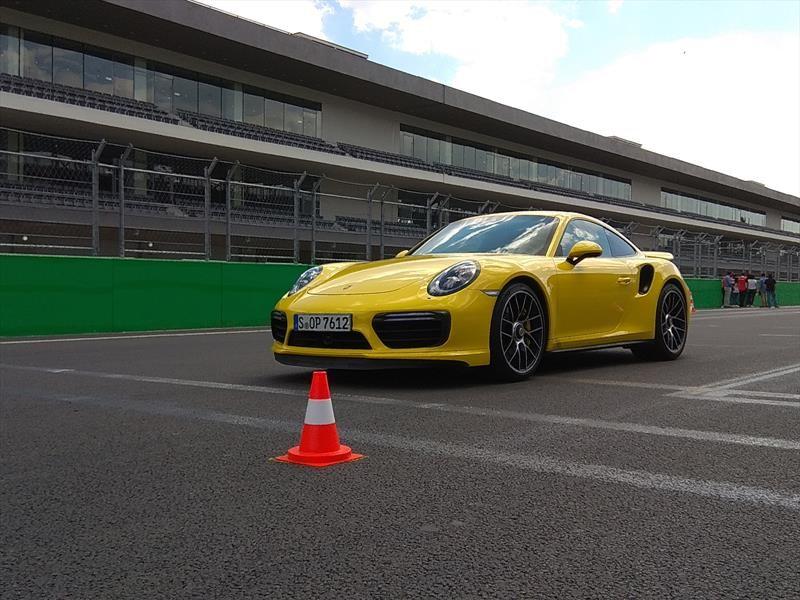 Porsche Driving Experience México 2018