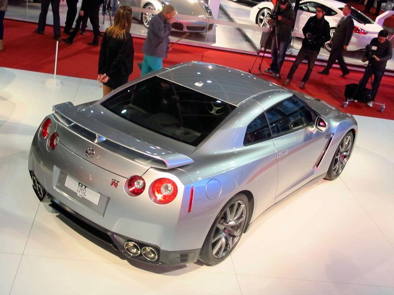 Nissan GTR en el Salón de BA 2013