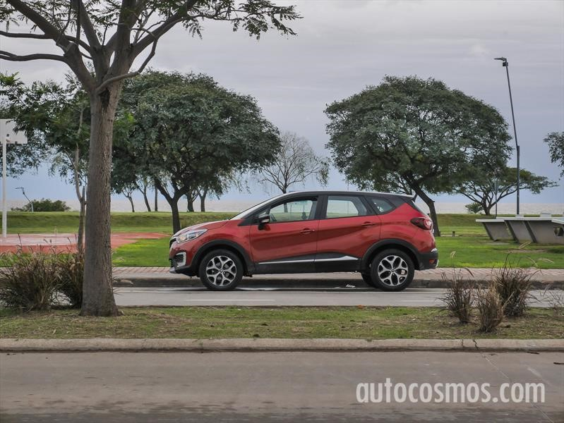Renault Captur 1.6L Manual vs Automática