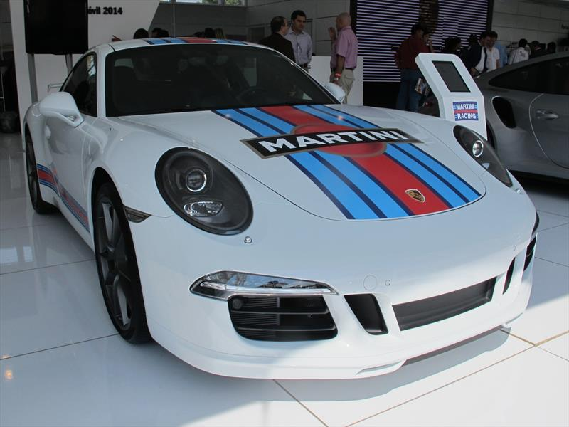 Porsche 911 Carrera S Martini Racing
