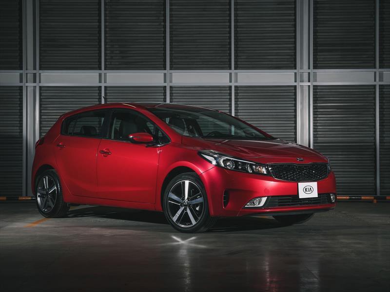 KIA Forte Hatchback 2017