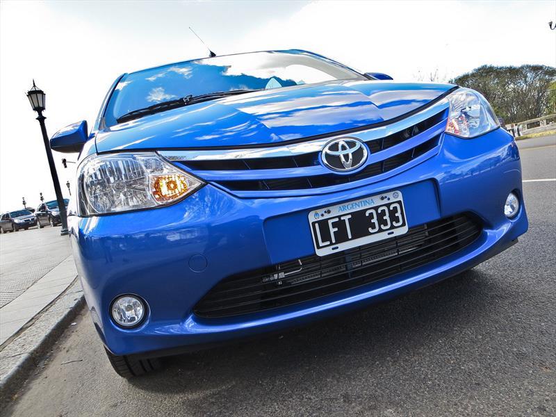 Toyota Etios, primer acercamiento