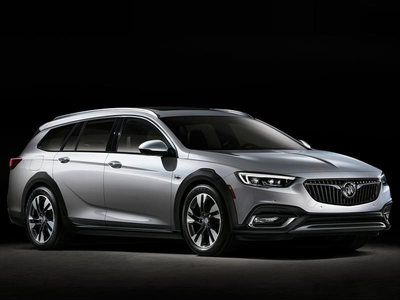 Buick Regal Sportback y TourX 2018