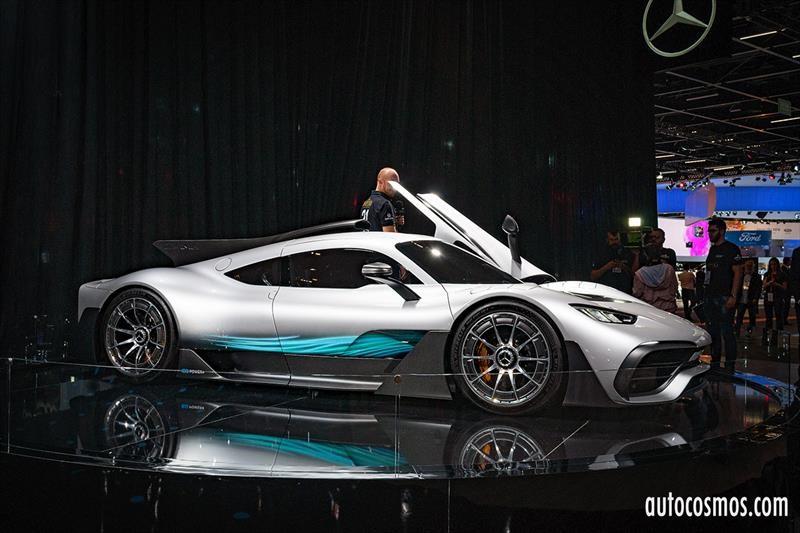 Mercedes-Benz en el Salón de San Pablo