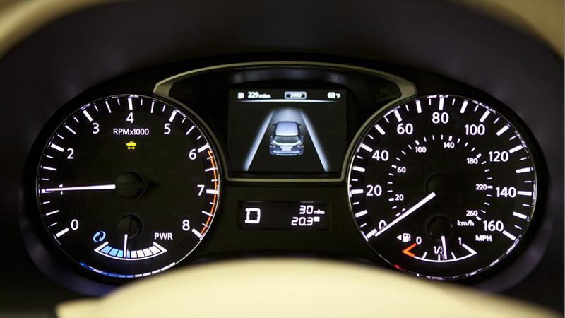 Nissan Pathfinder Hybrid 2014 se presenta