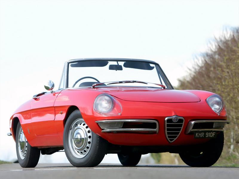 Alfa Romeo Giulia Duetto Spider 1966