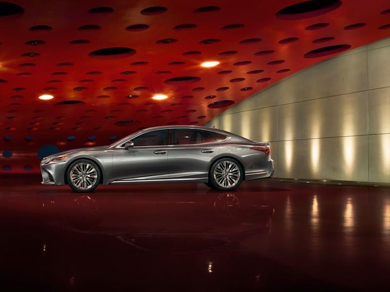 Lexus LS 2018