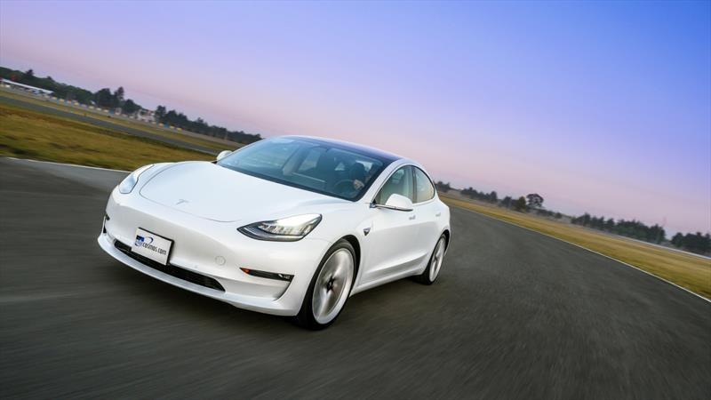 Test Tesla Model 3