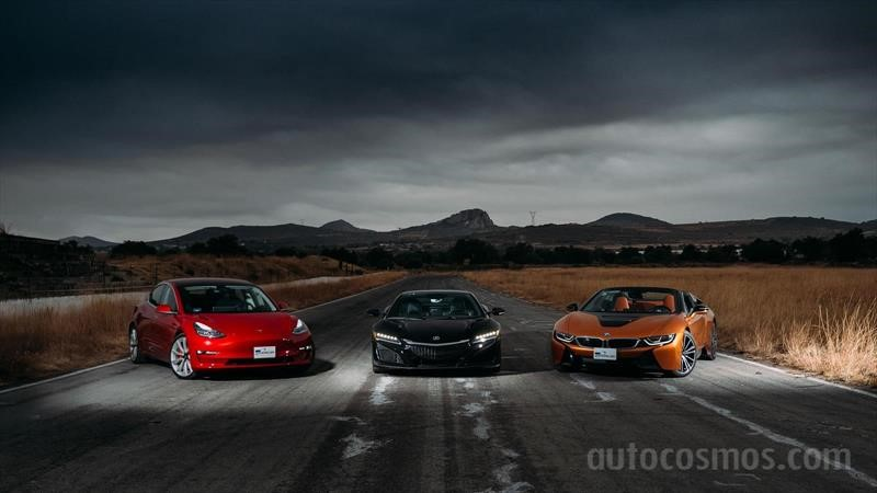 Tesla Model 3 vs BMW i8 Roadster vs Acura NSX