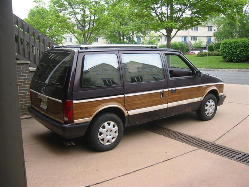 Top 10: Dodge Caravan Turbo