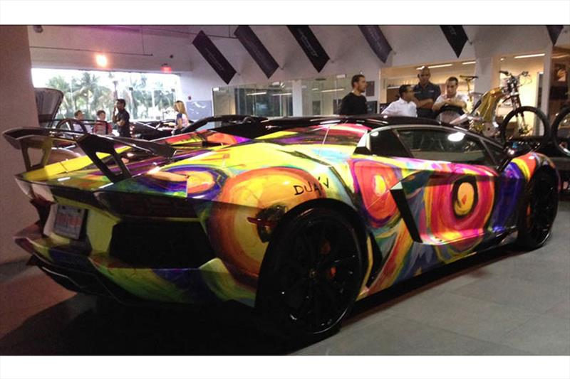 Lamborghini Aventador Art Car por Duaiv