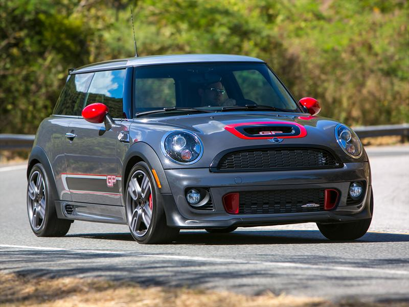 MINI John Cooper Works GP. Prueba exclusiva
