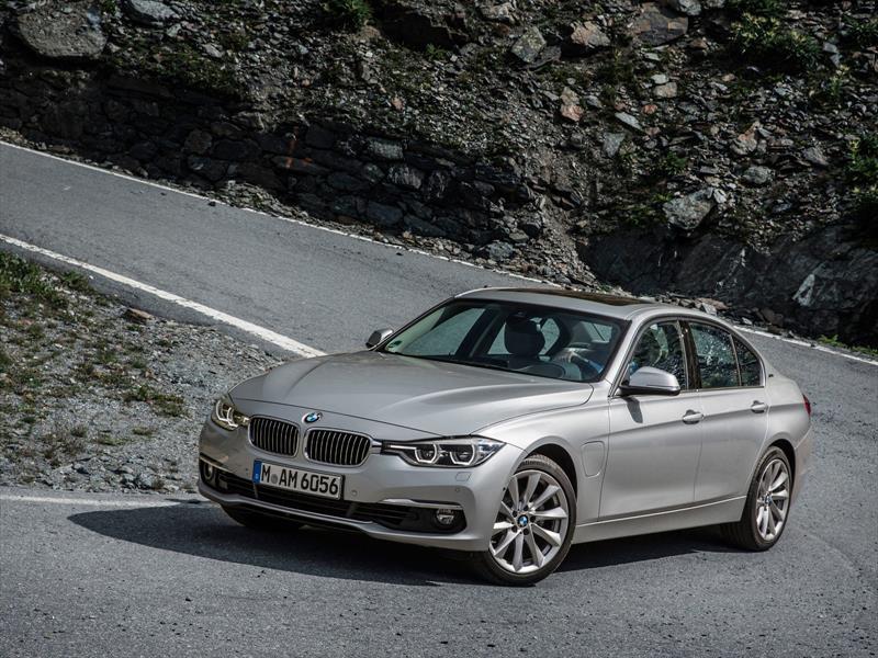BMW 330e Plug In Hybrid