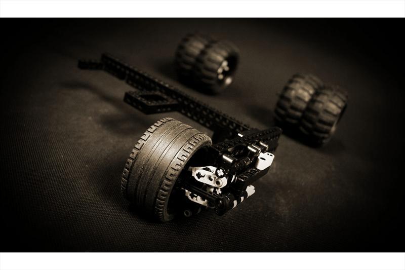 Batimóvil Tumbler de RC con piezas de LEGO