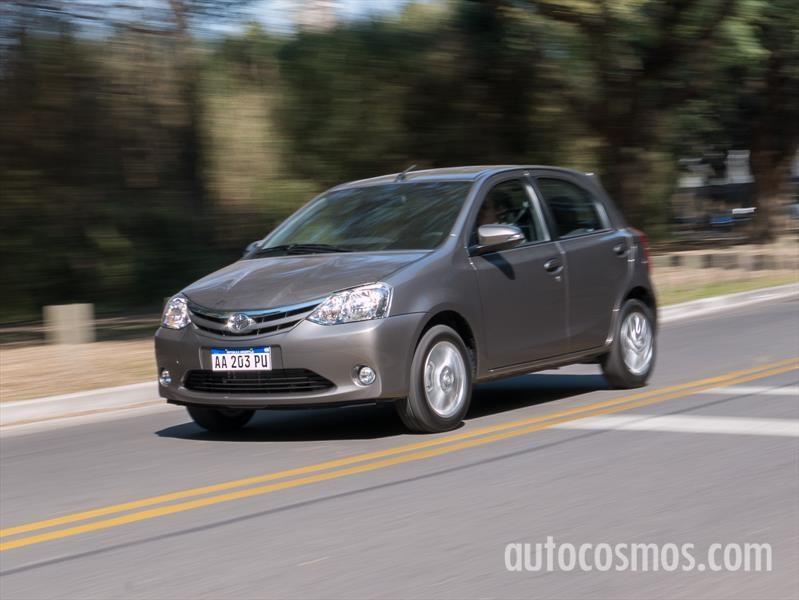 Toyota Etios Automático a prueba