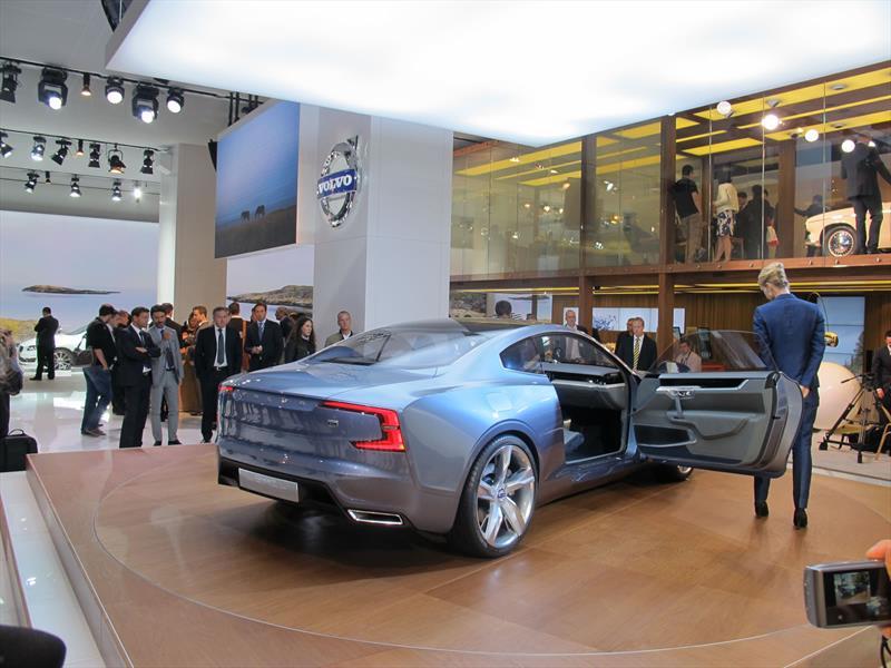Volvo Concept Coupé se presenta