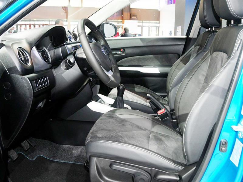 Suzuki Vitara 215