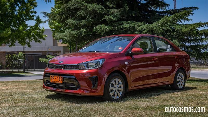 Test Drive Kia Soluto 2020