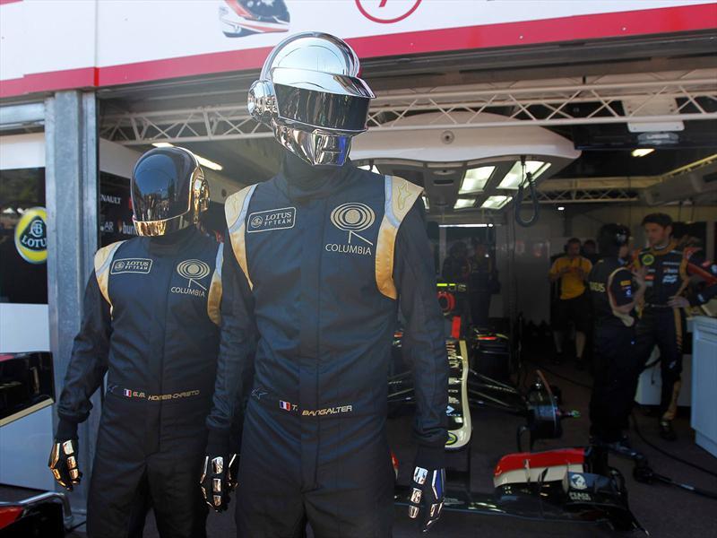 Lotus al ritmo de Daft Punk