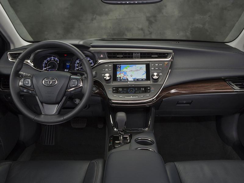 Mejores interiores 2013: Toyota Avalon