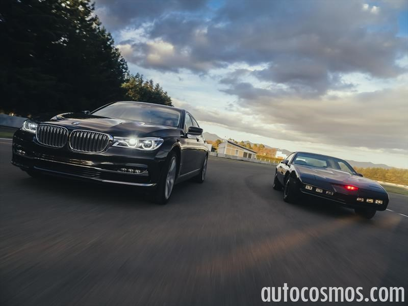 BMW Serie 7 2017 vs KITT