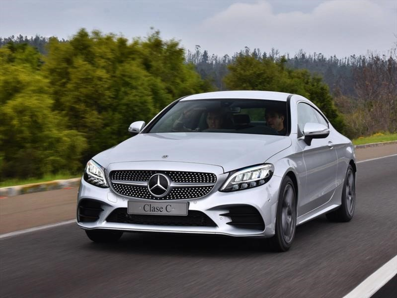Mercedes-Benz C200 2019, impresión de manejo