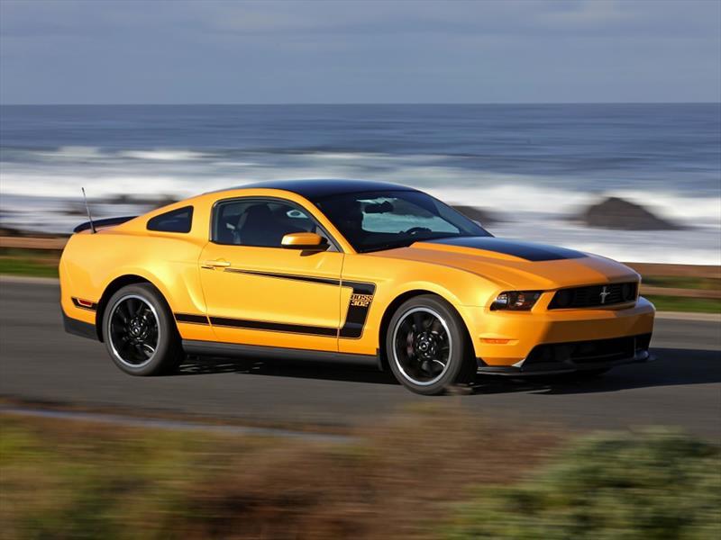 Mustang 50 años: 2012 revive el Boss 302
