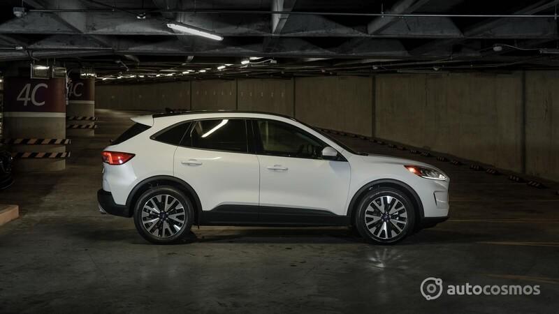 Ford Escape Hybrid 2020 a prueba