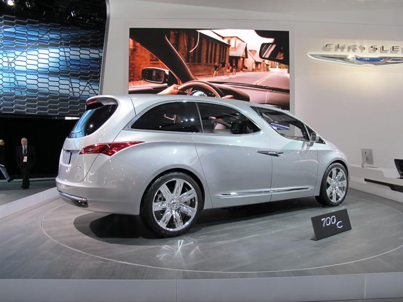 Chrysler 700 C Concept en el Salón de Detroit 2012
